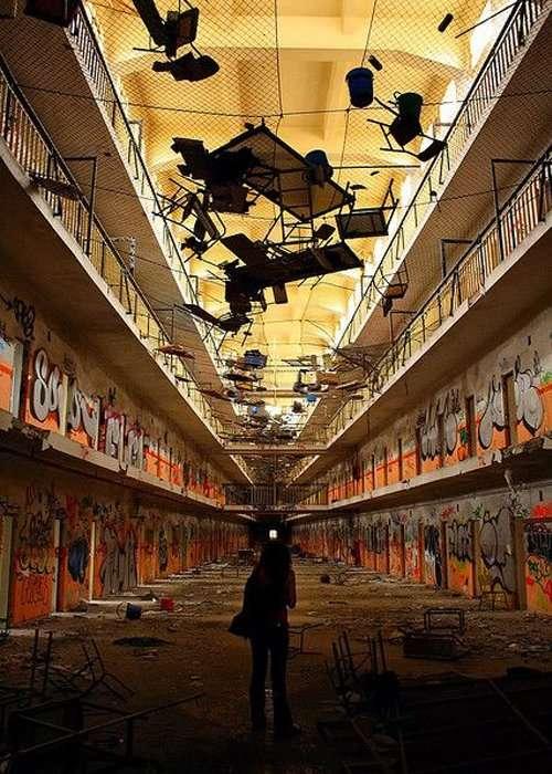 Carabanchel Prison - Abandoned Prisons