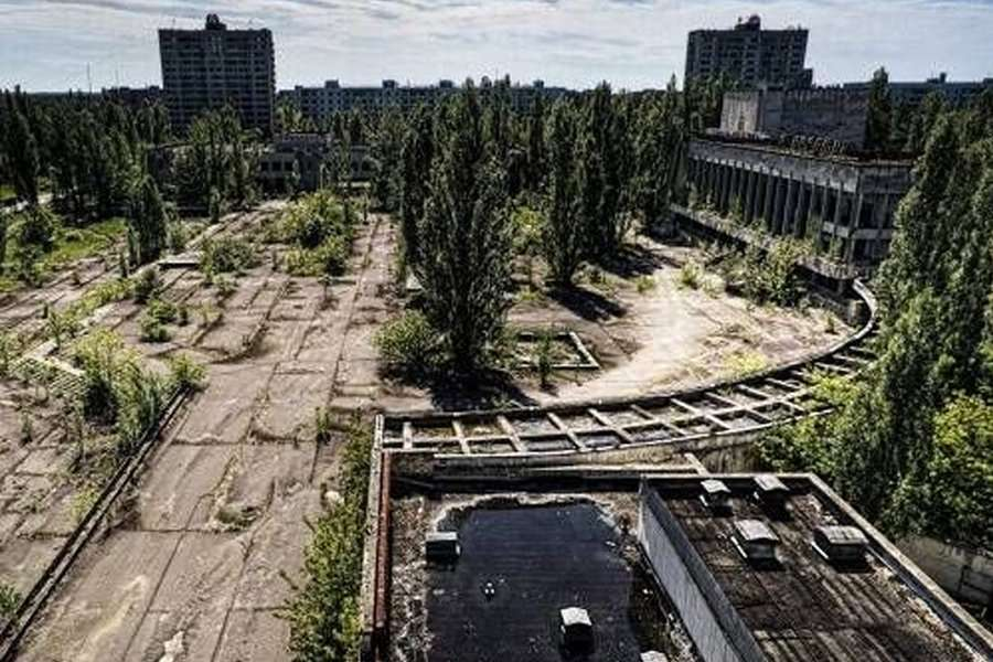 pripyat ground zero - abandoned cities