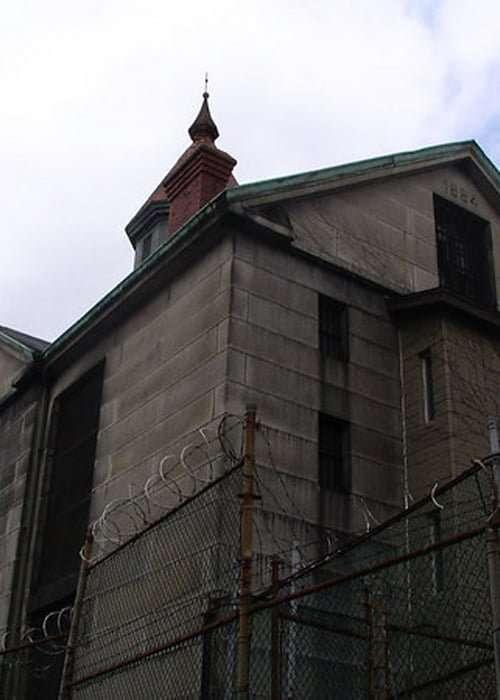 Old Salem Jail - Abandoned Prisons