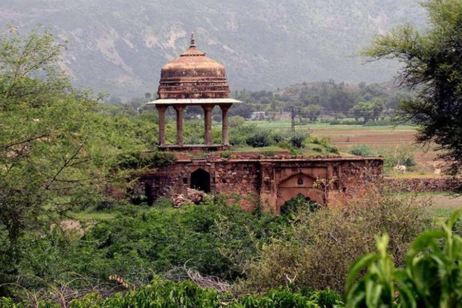 bhangarh historical ruins - abandoned cities