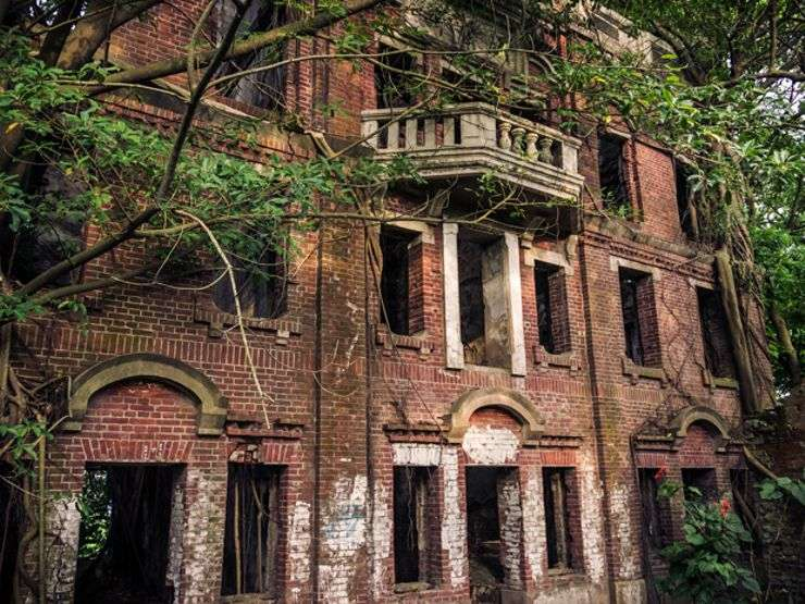 Taiwan Liu Family Mansion - Abandoned Places