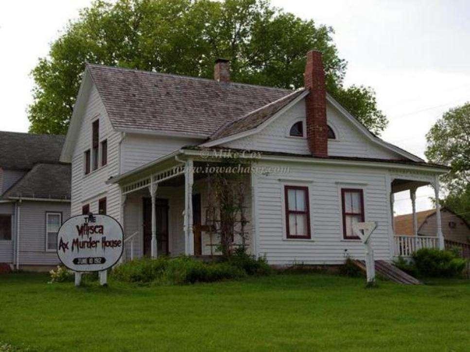 Iowa Villisca Ax Murder House - Haunted Mansions