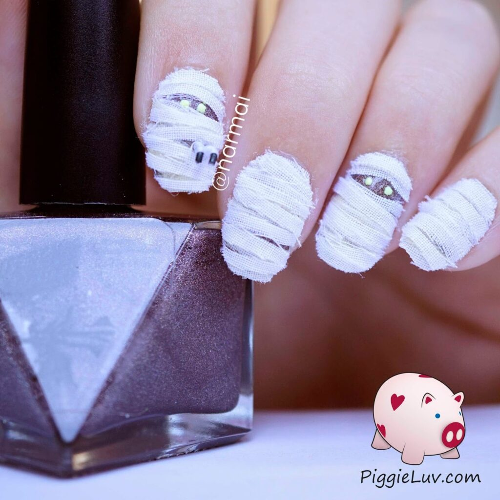 best nail art for halloween 2017