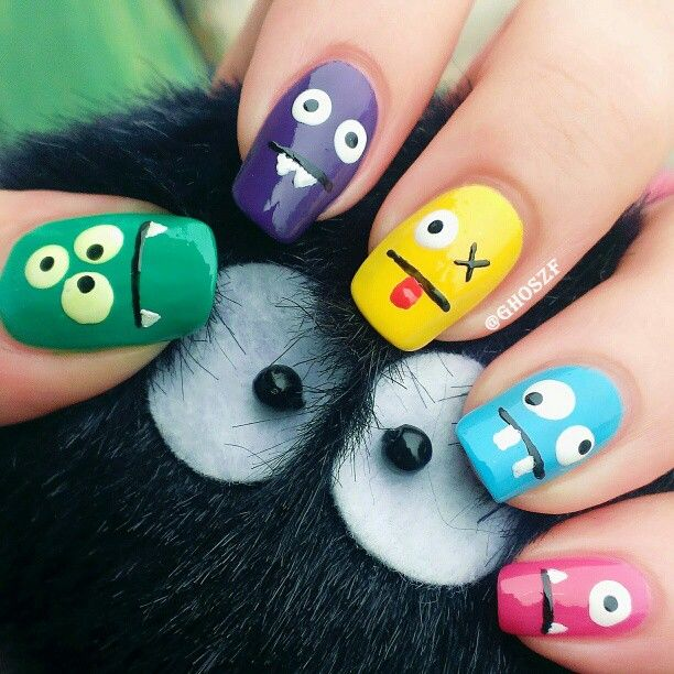 100 halloween nail art design ideas just for you easy halloween nail art prinsesfo Images