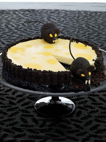 Creepy Critter Cheesecake
