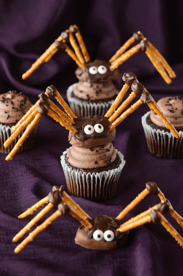 Pretzel and Chocolate Spiders Cupcakes
