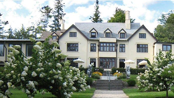 Seven Hills Inn, Lenox