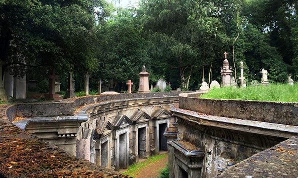 The Circle of Lebanon, located in West Cemetery, Highgate Cemetery