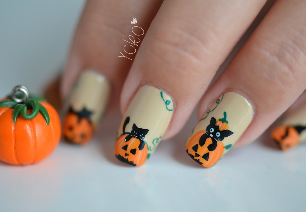 100 halloween nail art design ideas just for you nail art for halloween prinsesfo Choice Image