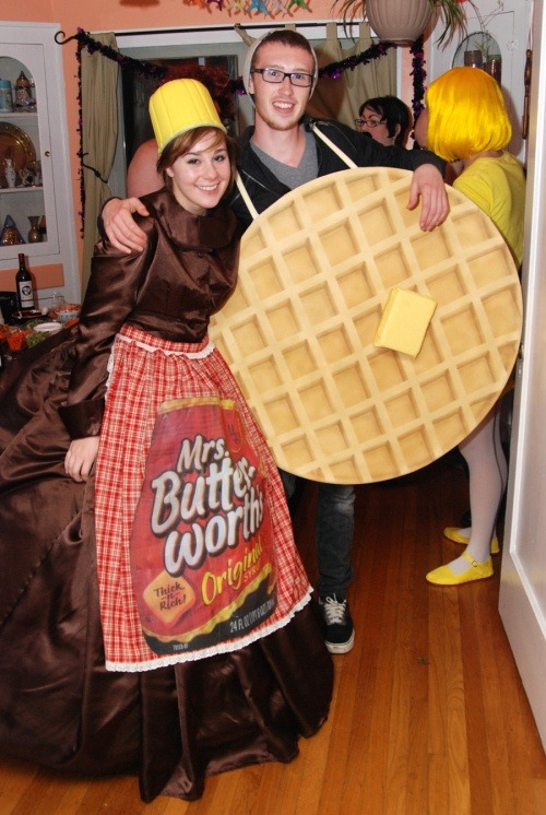 sweet costumes for couples