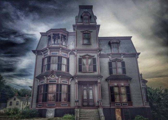 S.K. Pierce Mansion