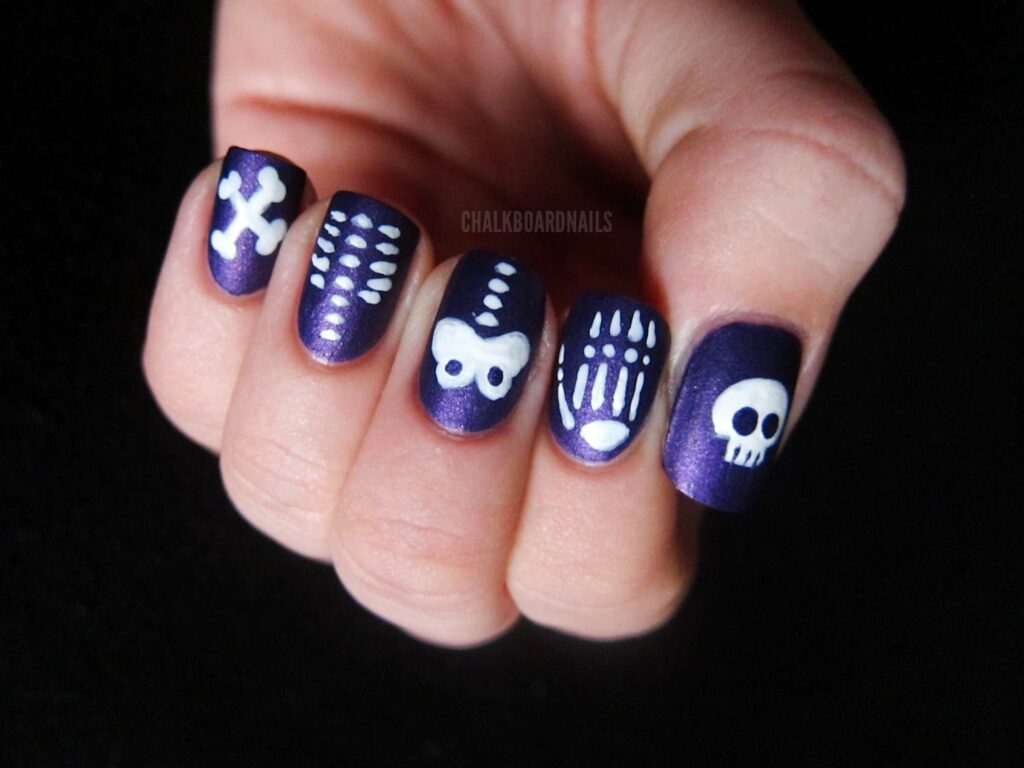 creepy nail art