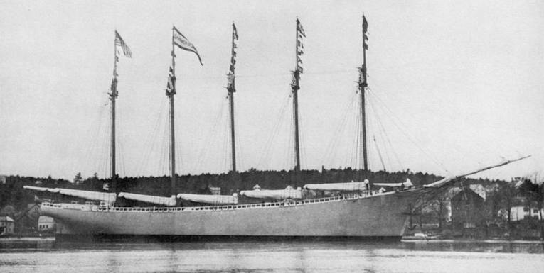 The Vanishing Crew of the Carroll A. Deering: A Maritime Mystery