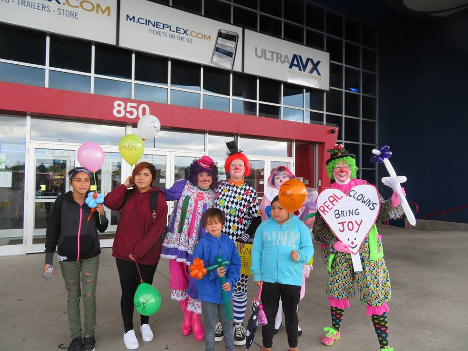 Kids with the Thunder Bay Clown Club