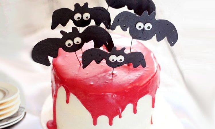 Halloween scary cakes