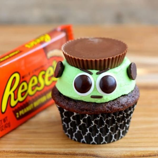 easy to make halloween cupcake