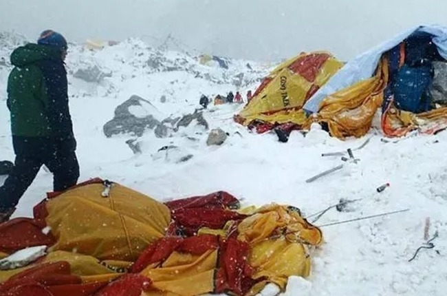A Google Exec Who Brought Maps Street View To The Mountain Found Himself Lost To Everest