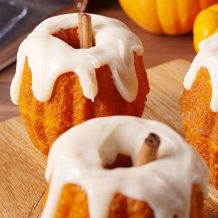 Delicious Halloween Cakes