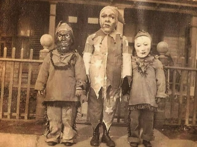Halloween Costumes 12