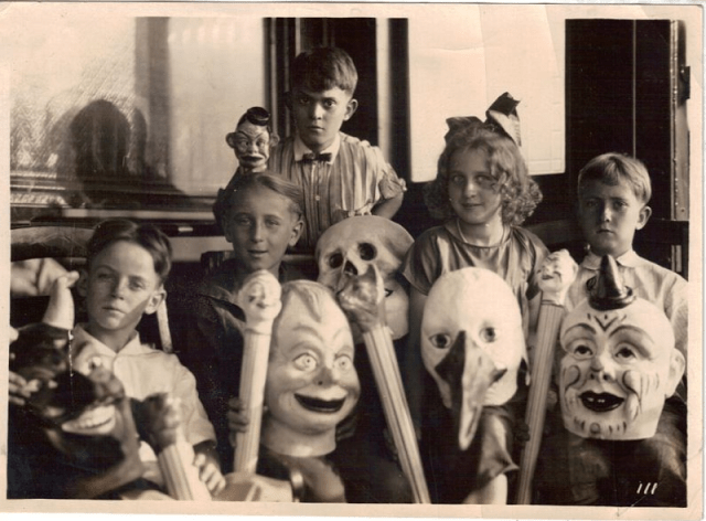 Halloween Costumes 17