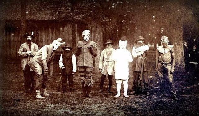 Nightmarish Vintage Halloween Costumes