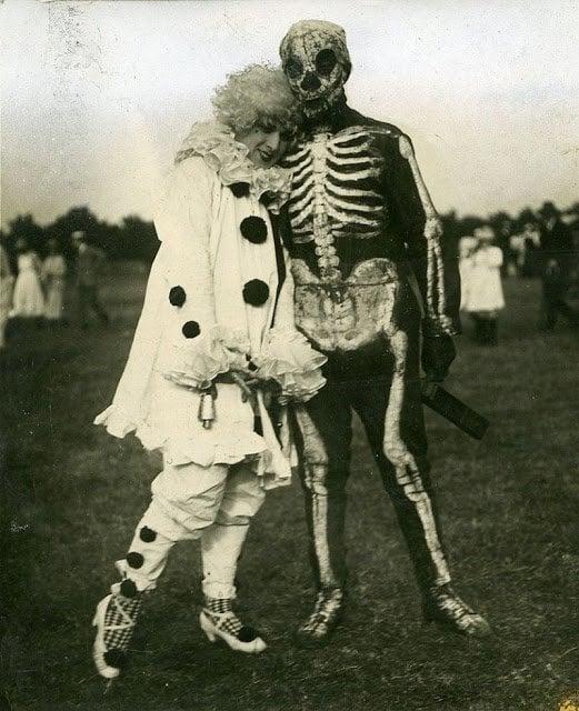 Halloween Costumes 20
