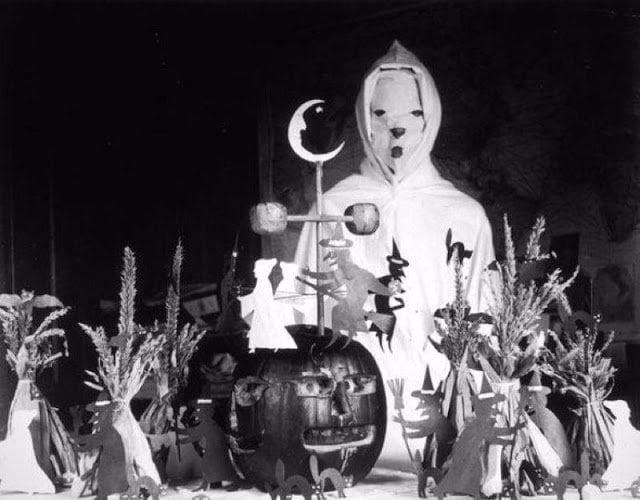 Halloween Costumes 5