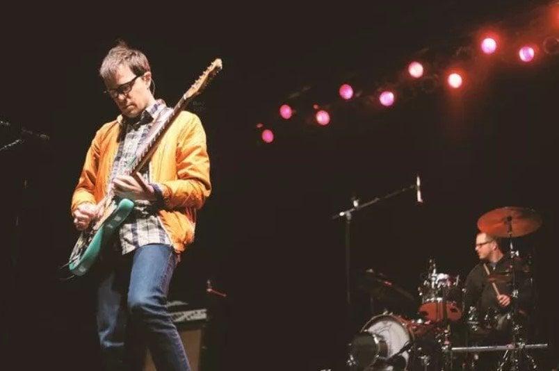 Kurt Cobain is Rivers Cuomo
