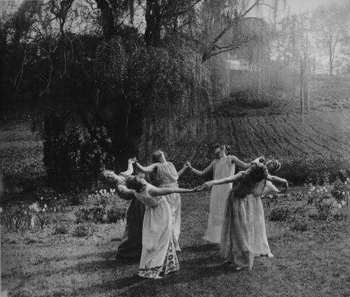 Urban Witch Ritual