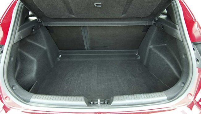 A man held a decapitated body in his trunk