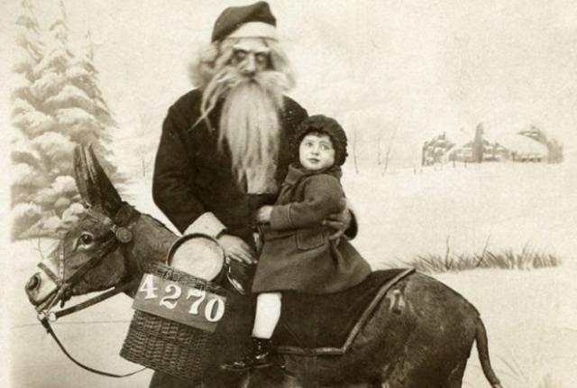 Creepy-Santas 19