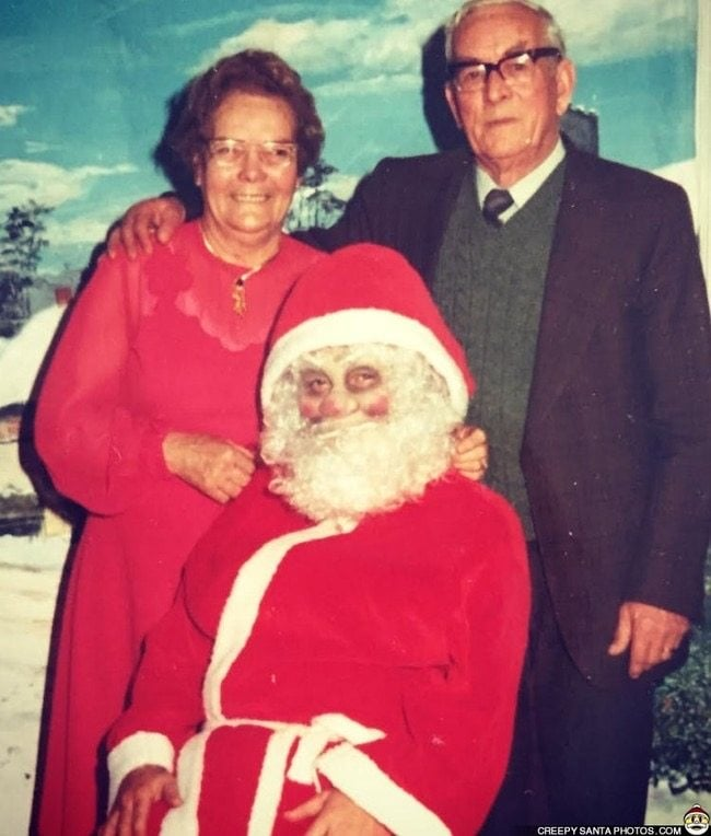 Creepy-Santas 25