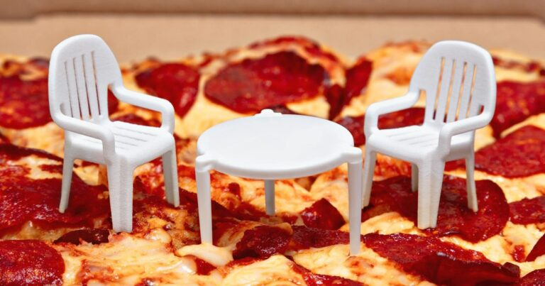 Canadian Pizza Chain Adds Chairs To Join The Mini 'Table' That Comes With Your Pizza