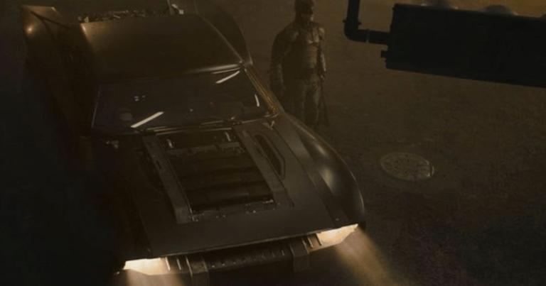 The Batman: New Batmobile Sparks Huge Debate Among Fans