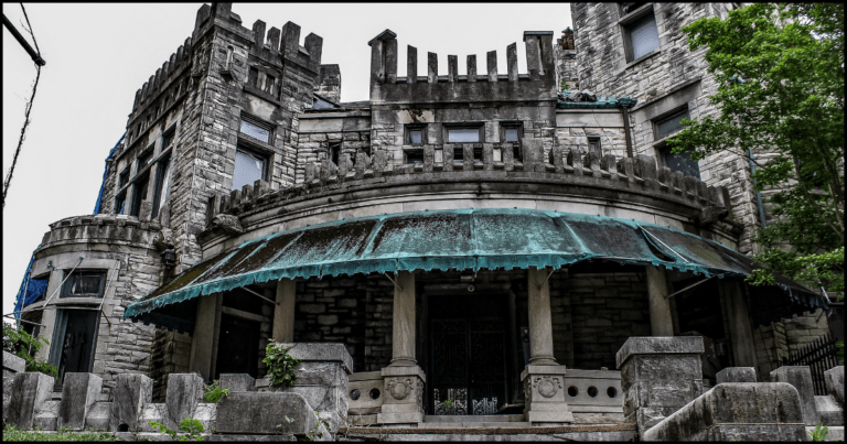 The Abandoned Creepy Castle In Memphis With A Controversial Past Has Been Totally Transformed!
