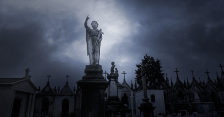 You Can Now Take A Haunted History Virtual Tour Of New Orleans' French Quarter