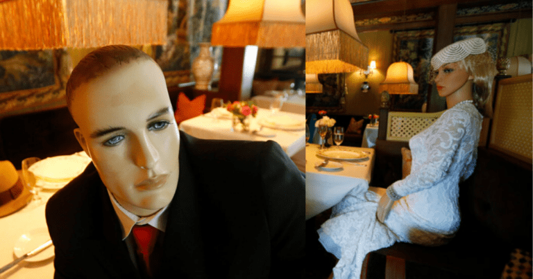 Dine-in this 1940s-themed restaurant with mannequins