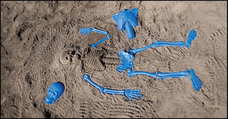 Terrify Beachgoers With This Life-Sized Human Skeleton Sand Mold Kit