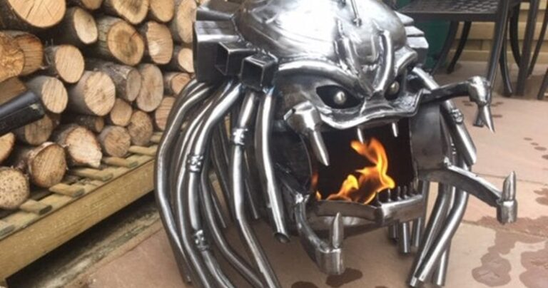 This Predator Fire Pit Should Be On Every Sci-Fi Fans Wishlist